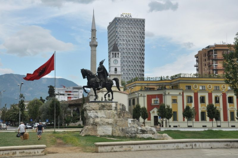 Plac Skanderberga.