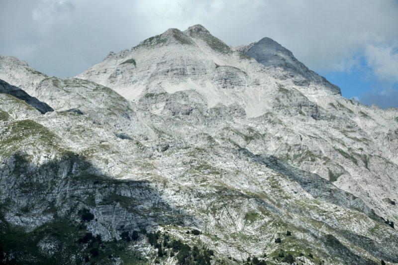 Ostatni pipant to najwyższy Maja e Jezercës (2694 m).