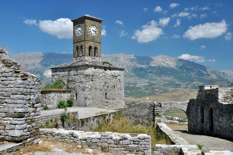 Wieża zegarowa twierdzy. Turecka.