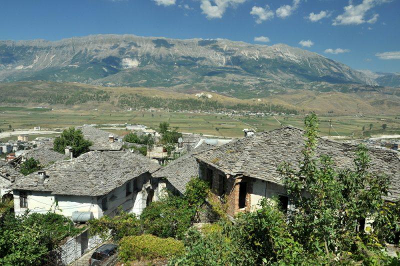 Srebrne dachy Gjirokastry.